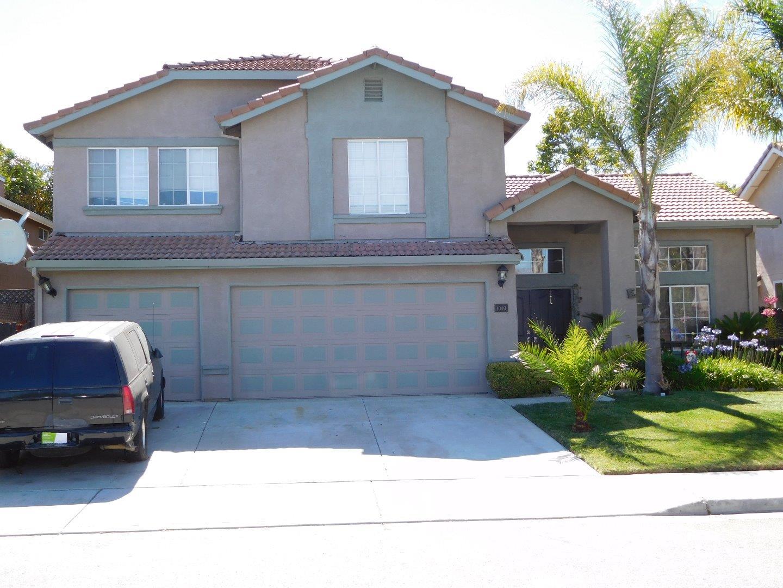 Частный односемейный дом для того Продажа на 1040 Hickory Court Hollister, Калифорния 95023 Соединенные Штаты