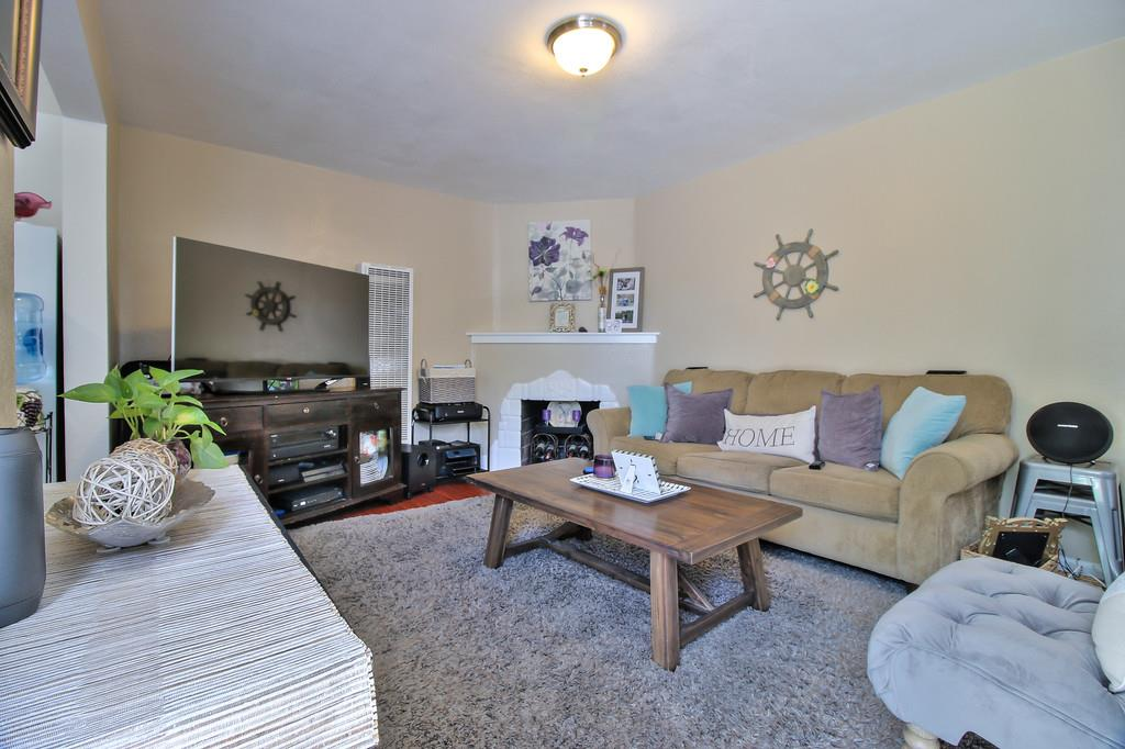 Additional photo for property listing at 1092 Franquette Avenue  San Jose, Californie 95125 États-Unis