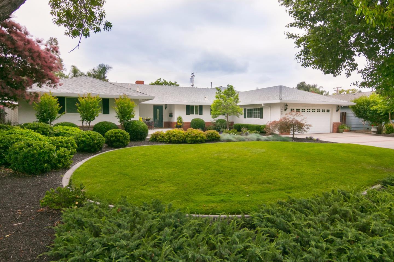 Maison unifamiliale pour l Vente à 2900 Edward Avenue Modesto, Californie 95350 États-Unis