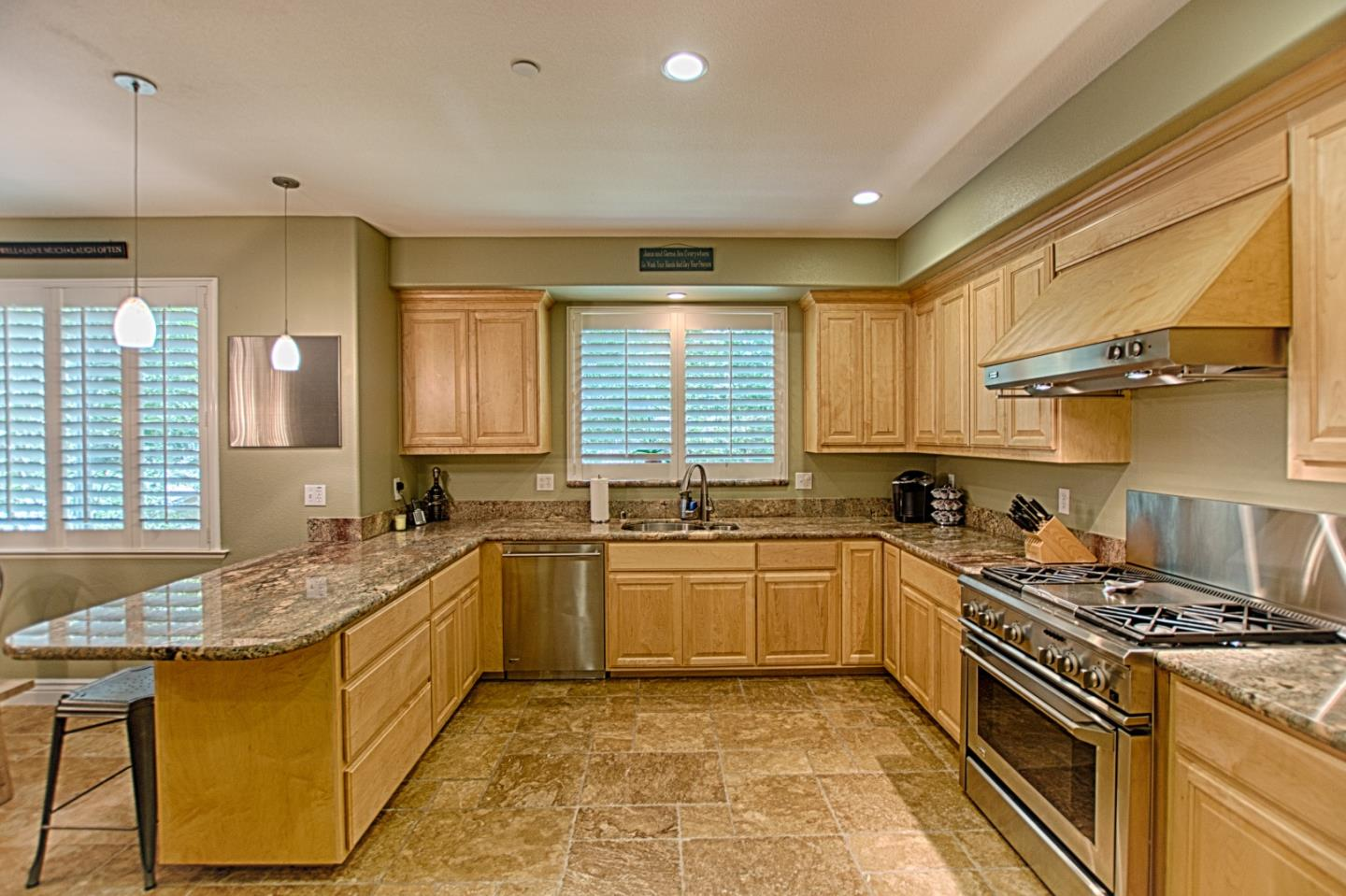 Additional photo for property listing at 116 Kelly Way  Scotts Valley, Калифорния 95066 Соединенные Штаты