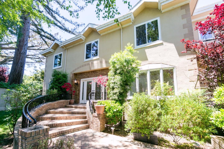 Частный односемейный дом для того Аренда на 418 W Poplar Avenue San Mateo, Калифорния 94402 Соединенные Штаты