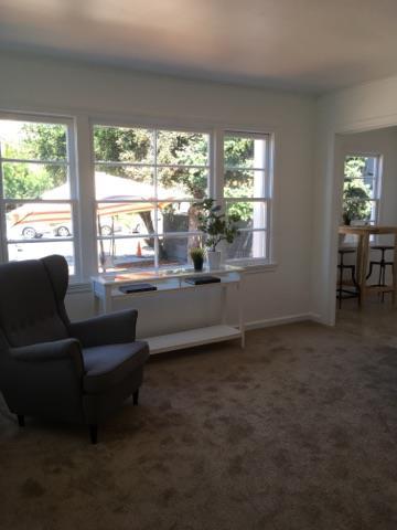 Additional photo for property listing at 926 Laurel Street 926 Laurel Street San Carlos, California 94070 United States