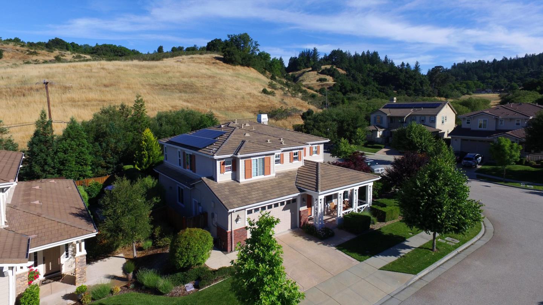 Частный односемейный дом для того Продажа на 45 Deerfield Drive Scotts Valley, Калифорния 95066 Соединенные Штаты