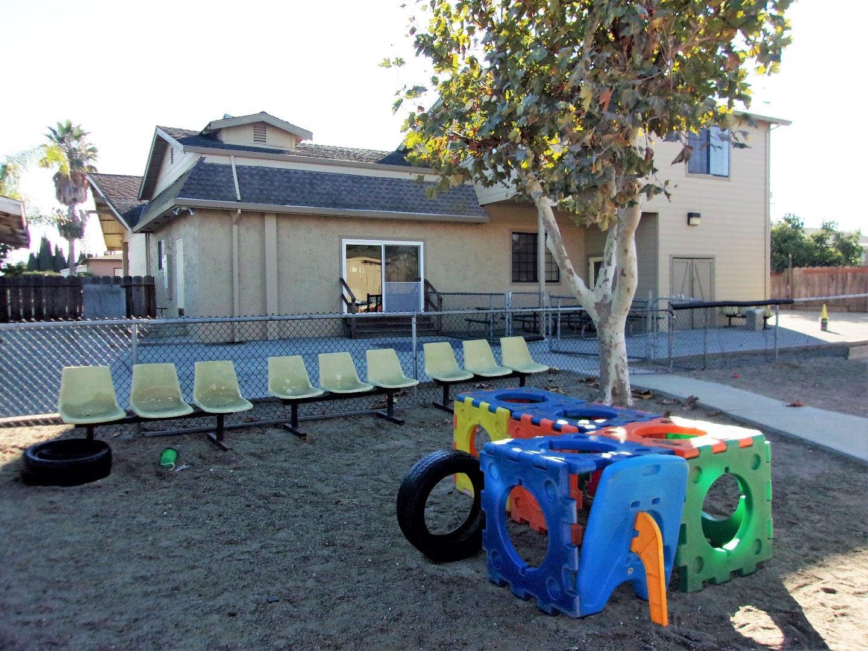 Коммерческий для того Продажа на 1431 Santa Ana Road 1431 Santa Ana Road Hollister, Калифорния 95023 Соединенные Штаты