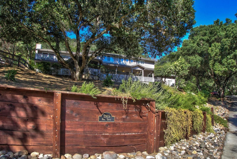 Maison unifamiliale pour l Vente à 2915 Ross Drive San Juan Bautista, Californie 95045 États-Unis