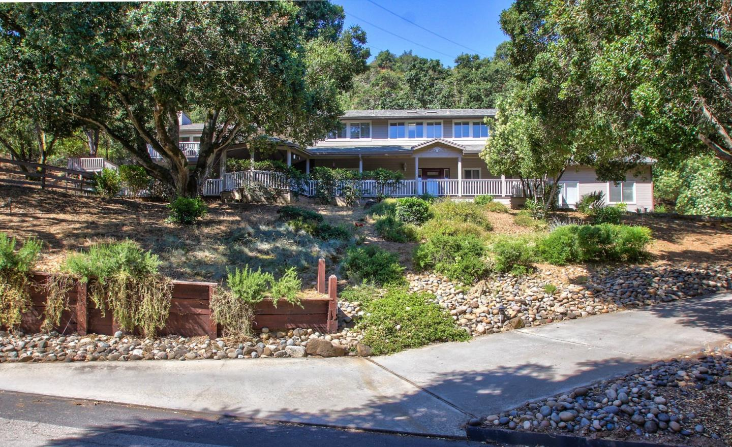 Additional photo for property listing at 2915 Ross Drive  San Juan Bautista, California 95045 Estados Unidos