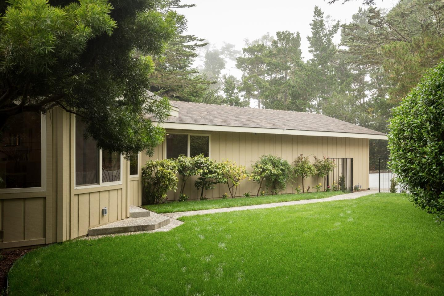 Additional photo for property listing at 1208 Lake Court  Pebble Beach, California 93953 United States