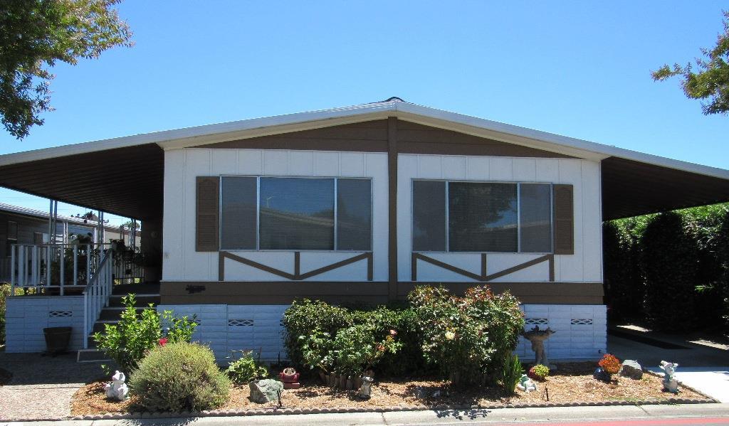 Casa Unifamiliar por un Venta en 690 Persian Drive Sunnyvale, California 94089 Estados Unidos