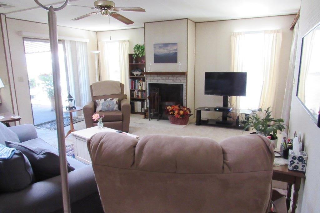 Additional photo for property listing at 690 Persian Drive  Sunnyvale, California 94089 Estados Unidos