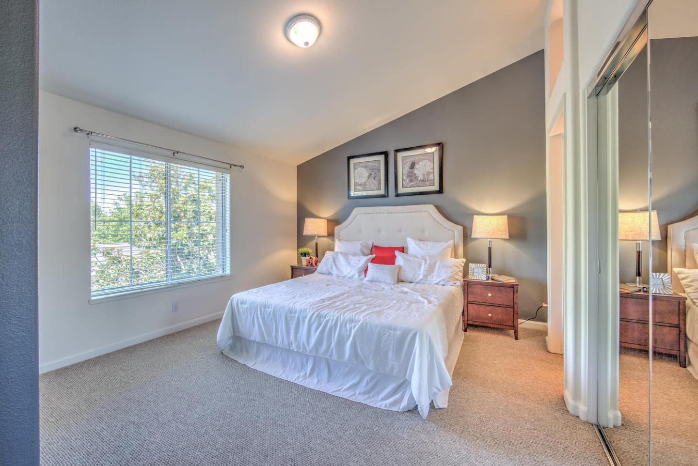 Additional photo for property listing at 3277 Vineyard Park Way  San Jose, Californie 95135 États-Unis
