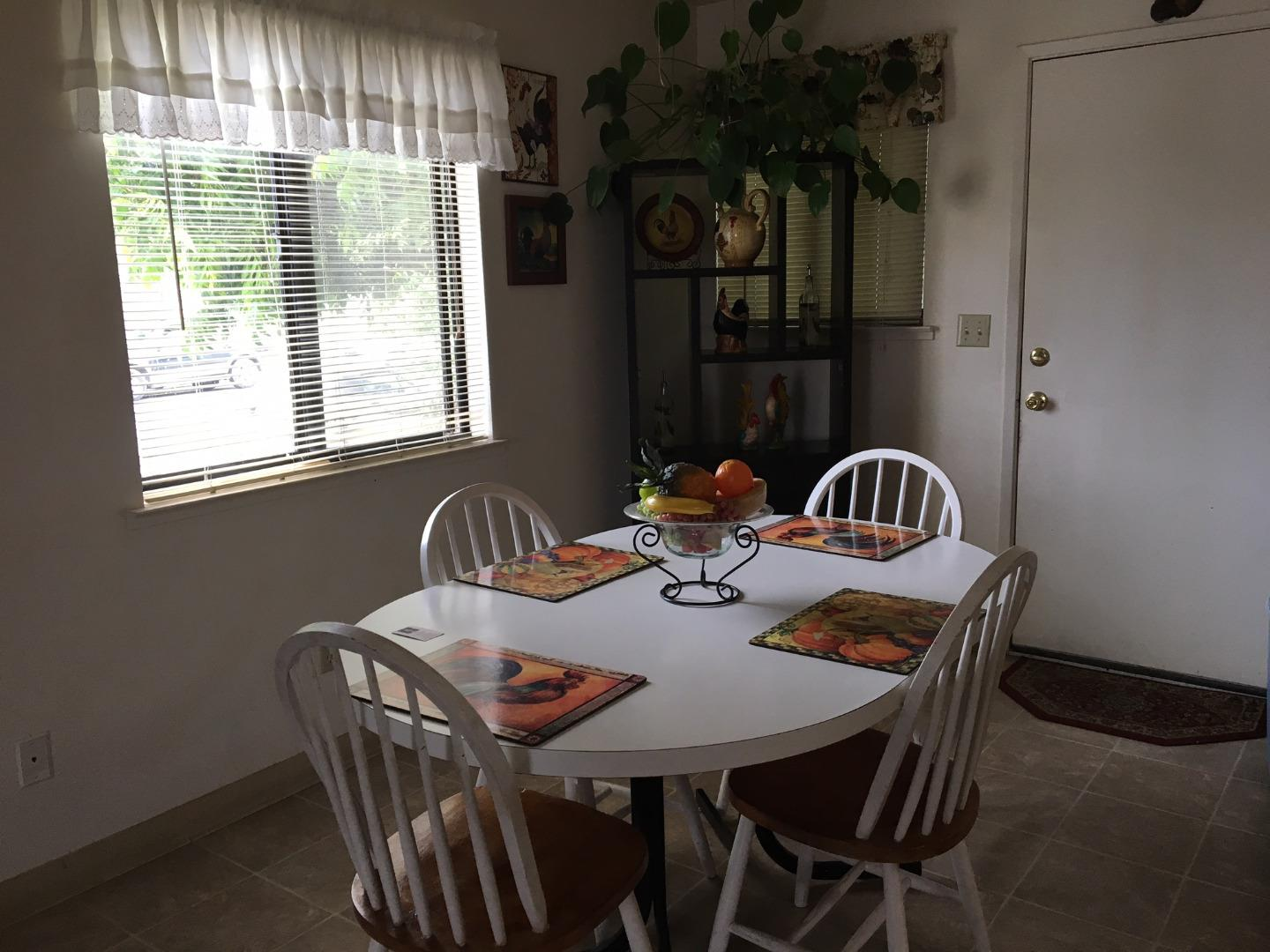 Additional photo for property listing at 133 Rodriguez Street  Watsonville, Californie 95076 États-Unis