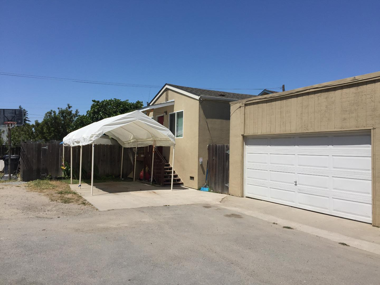 Additional photo for property listing at 133 Rodriguez Street  Watsonville, California 95076 Estados Unidos