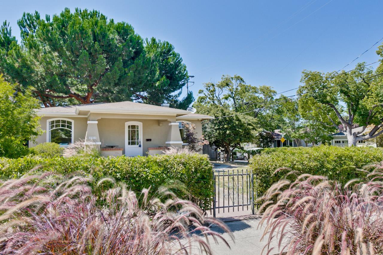 304 & 306 Calderon Avenue, MOUNTAIN VIEW, CA 94041