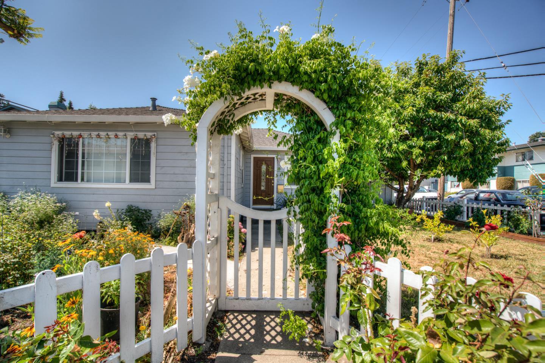 1502 Hess Road, REDWOOD CITY, CA 94061