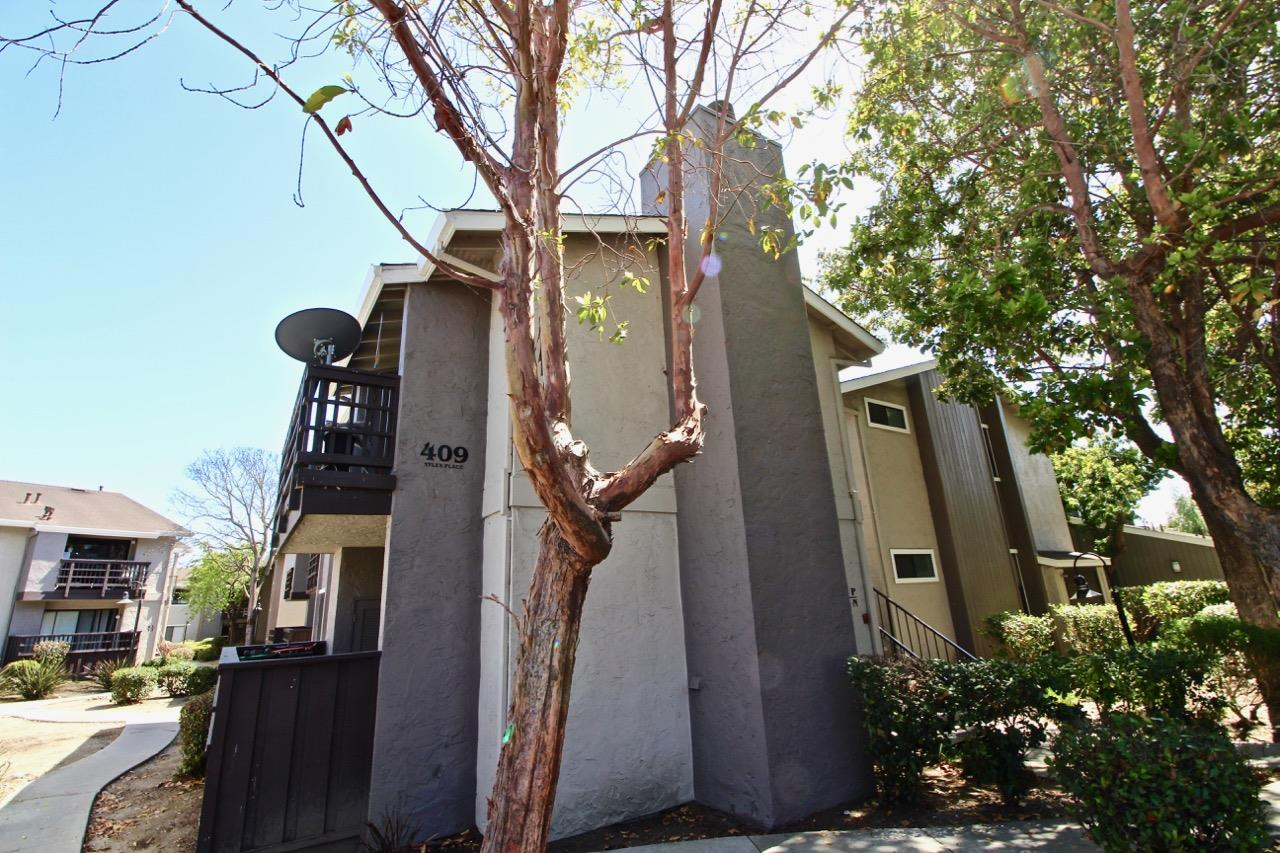 Condominium for Sale at 409 Tyler Place 409 Tyler Place Salinas, California 93906 United States