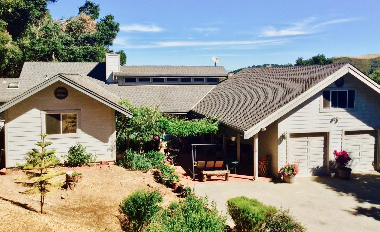 Частный односемейный дом для того Продажа на 2877 Christopher Drive San Juan Bautista, Калифорния 95045 Соединенные Штаты