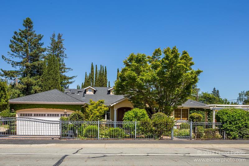 Einfamilienhaus für Verkauf beim 594 Springer Terrace Los Altos, Kalifornien 94024 Vereinigte Staaten