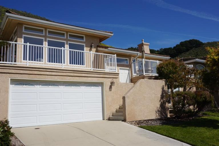 Single Family Home for Sale at 208 Foothill Road Pismo Beach, California 93449 United States