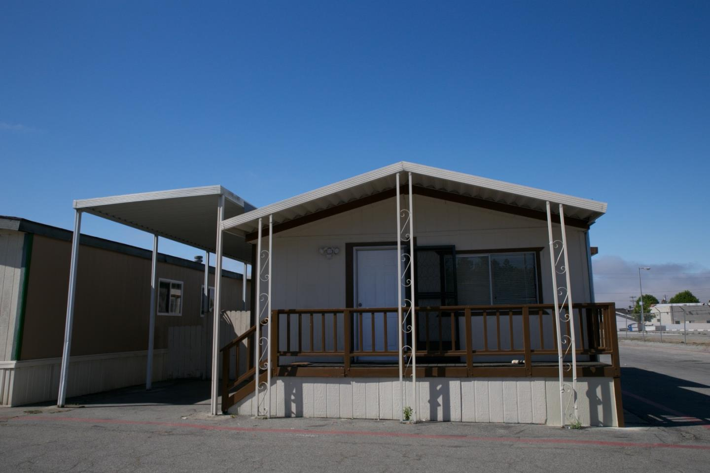 獨棟家庭住宅 為 出售 在 1954 Freedom Boulevard Freedom, 加利福尼亞州 95019 美國