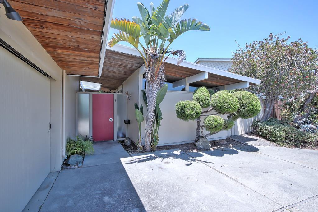 Maison unifamiliale pour l Vente à 1033 Sanderling Street Foster City, Californie 94404 États-Unis