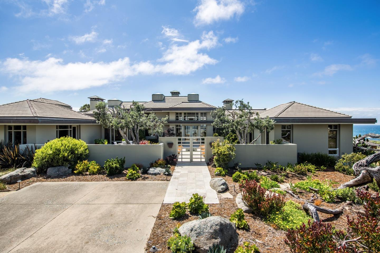 واحد منزل الأسرة للـ Sale في 1342 Arena Avenue 1342 Arena Avenue Pacific Grove, California 93950 United States