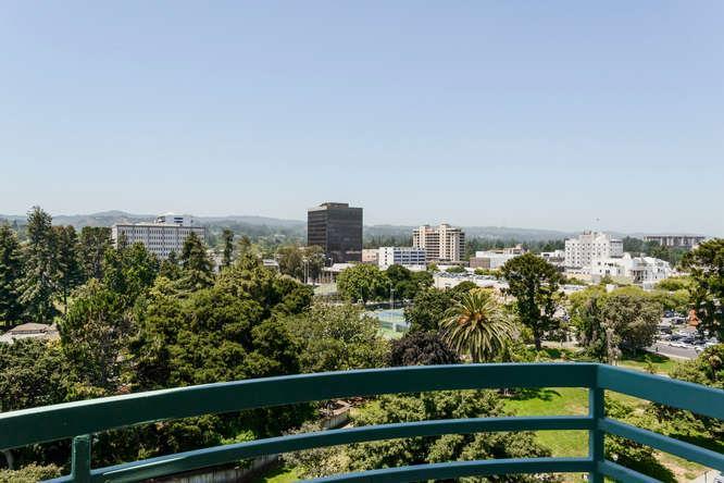 Кондоминиум для того Продажа на 601 Laurel Avenue 601 Laurel Avenue San Mateo, Калифорния 94401 Соединенные Штаты