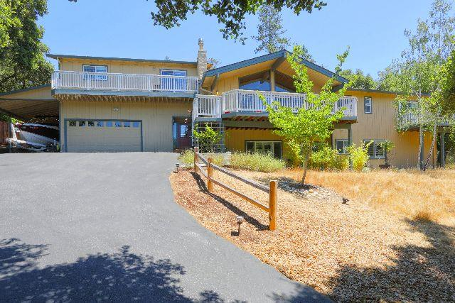 Single Family Home for Sale at 8212 Ridgeview Drive Ben Lomond, California 95005 United States