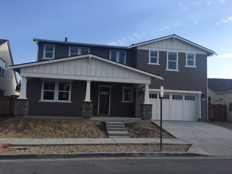 Casa Unifamiliar por un Venta en 484 Logan Way 484 Logan Way Marina, California 93933 Estados Unidos
