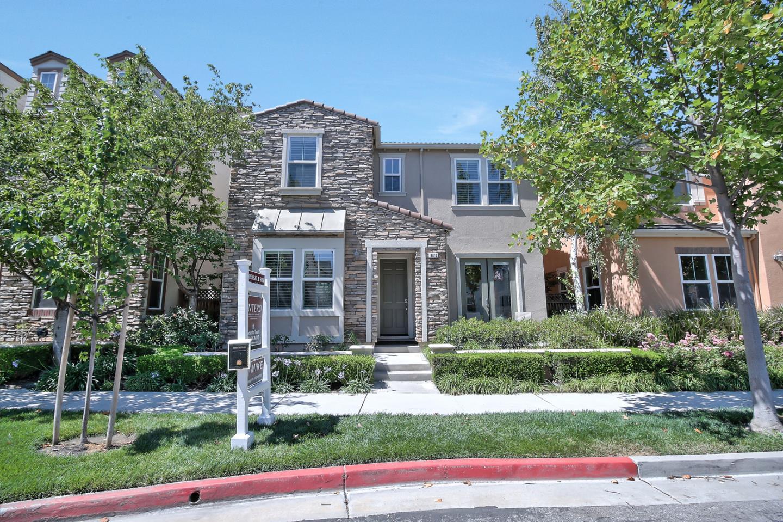 Single Family Home for Sale at 870 E River Parkway Santa Clara, California 95054 United States