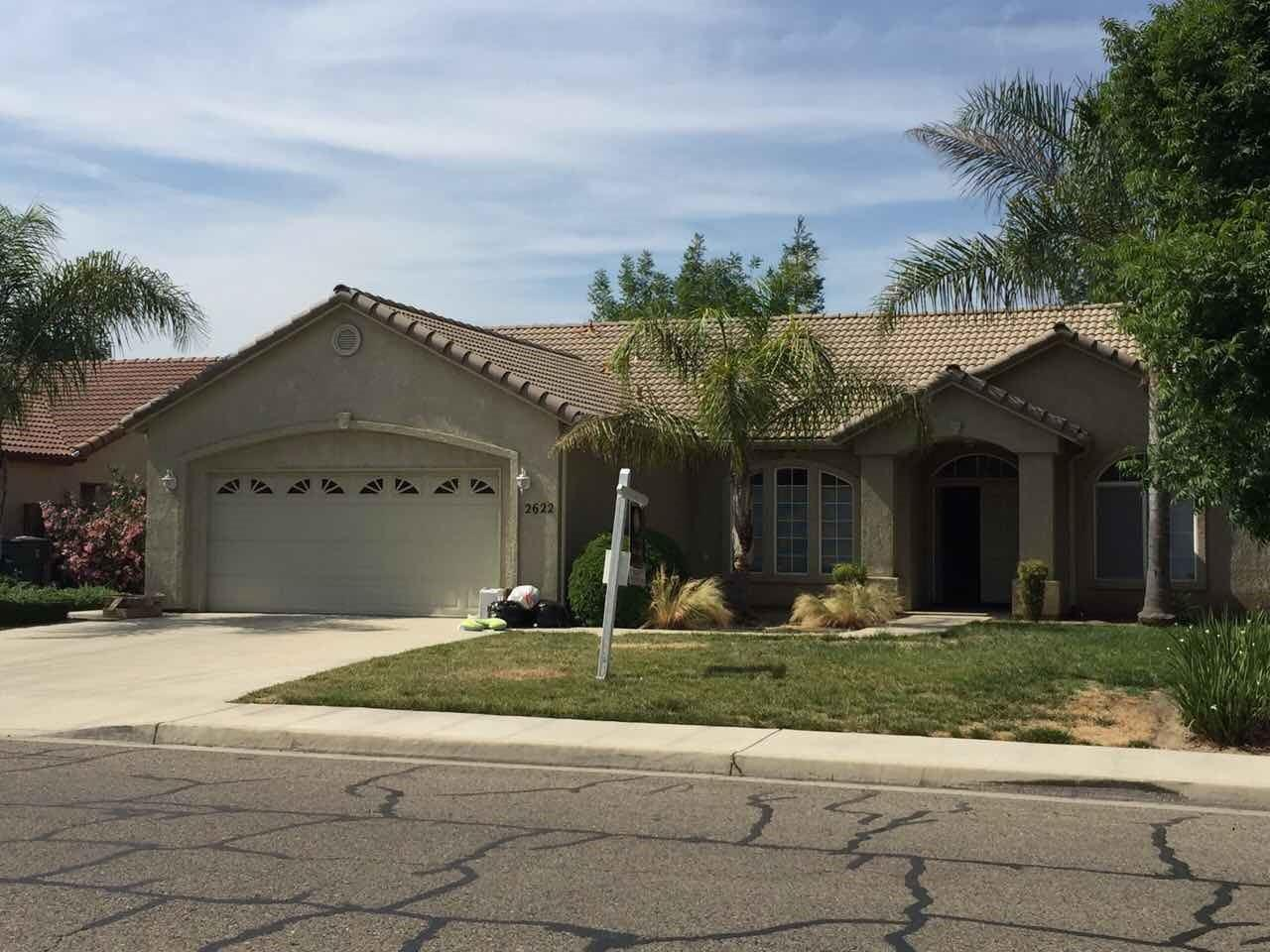 Single Family Home for Sale at 2622 W Robin Avenue Visalia, California 93291 United States