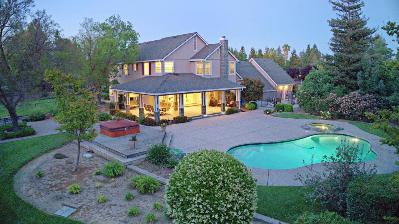 Casa Unifamiliar por un Venta en 8750 Lisa Marie Court Tracy, California 95304 Estados Unidos