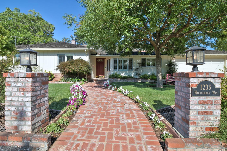 Einfamilienhaus für Verkauf beim 1236 Miraflores Way Los Altos, Kalifornien 94024 Vereinigte Staaten