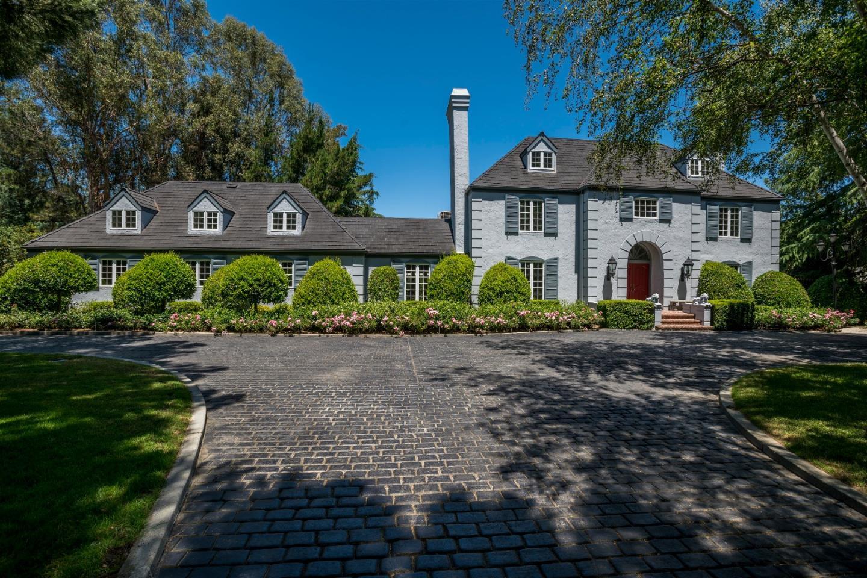 獨棟家庭住宅 為 出售 在 15985 Grandview Avenue Monte Sereno, 加利福尼亞州 95030 美國