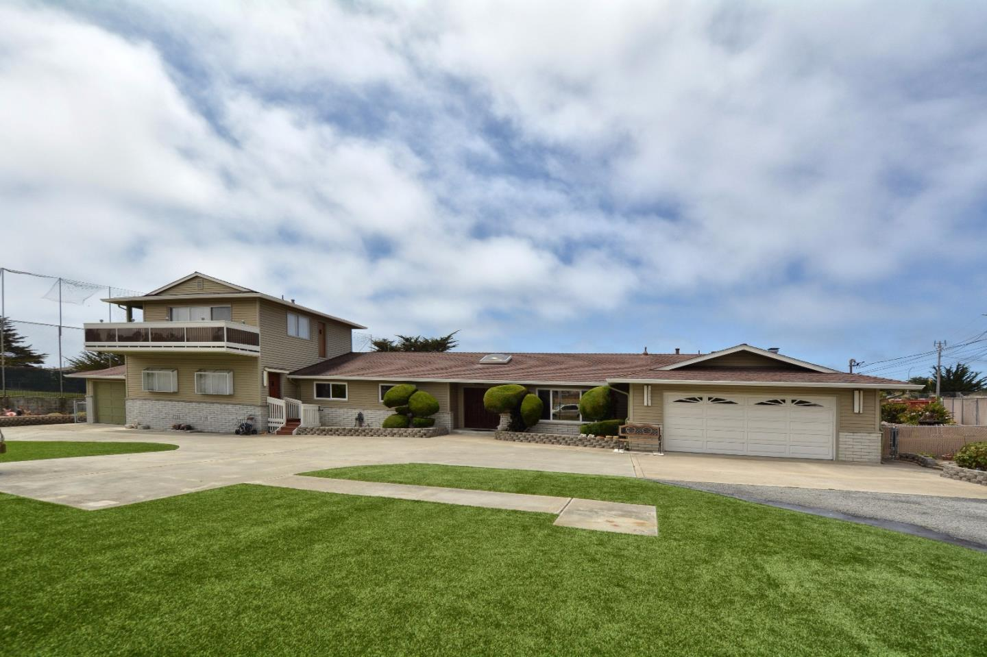 Single Family Home for Sale at 3285 Drew Street Marina, California 93933 United States
