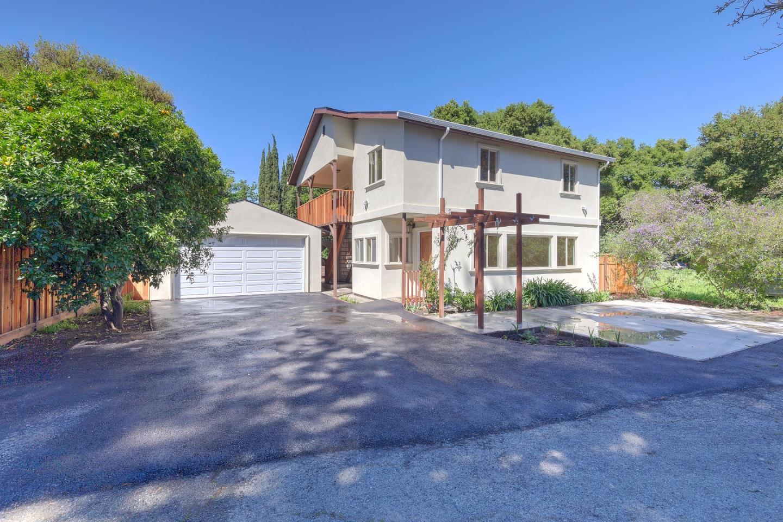 Частный односемейный дом для того Продажа на 208 Donohoe Street 208 Donohoe Street East Palo Alto, Калифорния 94303 Соединенные Штаты