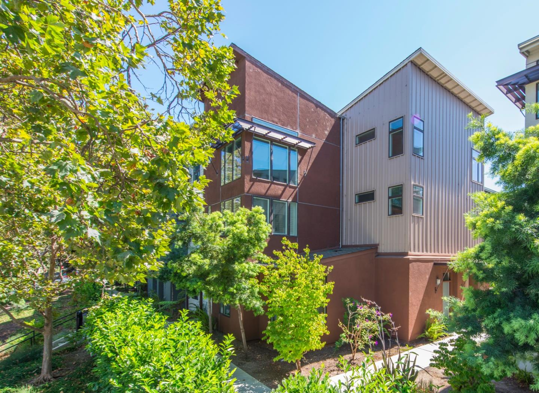 Таунхаус для того Продажа на 3291 Berryessa Street Palo Alto, Калифорния 94303 Соединенные Штаты
