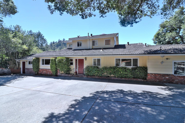 Частный односемейный дом для того Продажа на 460 La Cuesta Drive Scotts Valley, Калифорния 95066 Соединенные Штаты