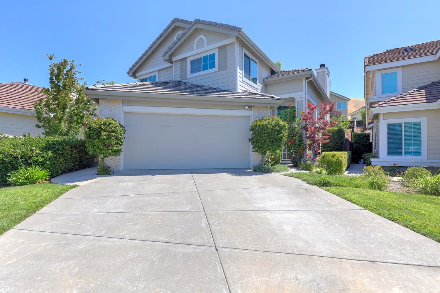 1007 Feather Circle, CLAYTON, CA 94517