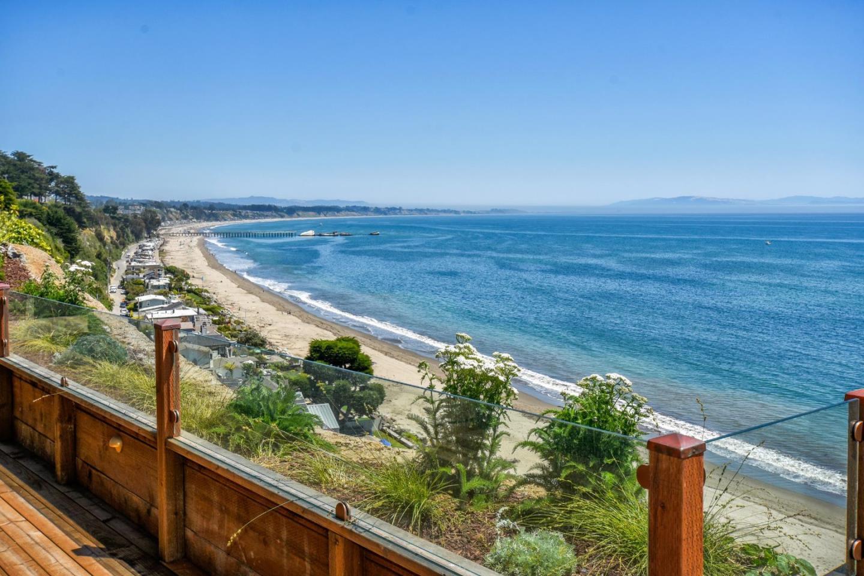 Частный односемейный дом для того Продажа на 753 Oakhill Road Aptos, Калифорния 95003 Соединенные Штаты