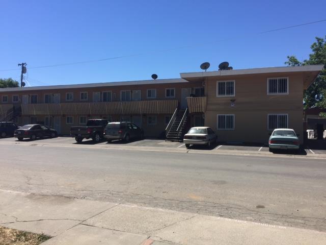 二世帯住宅 のために 売買 アット 590 Las Palmas Avenue Sacramento, カリフォルニア 95815 アメリカ合衆国