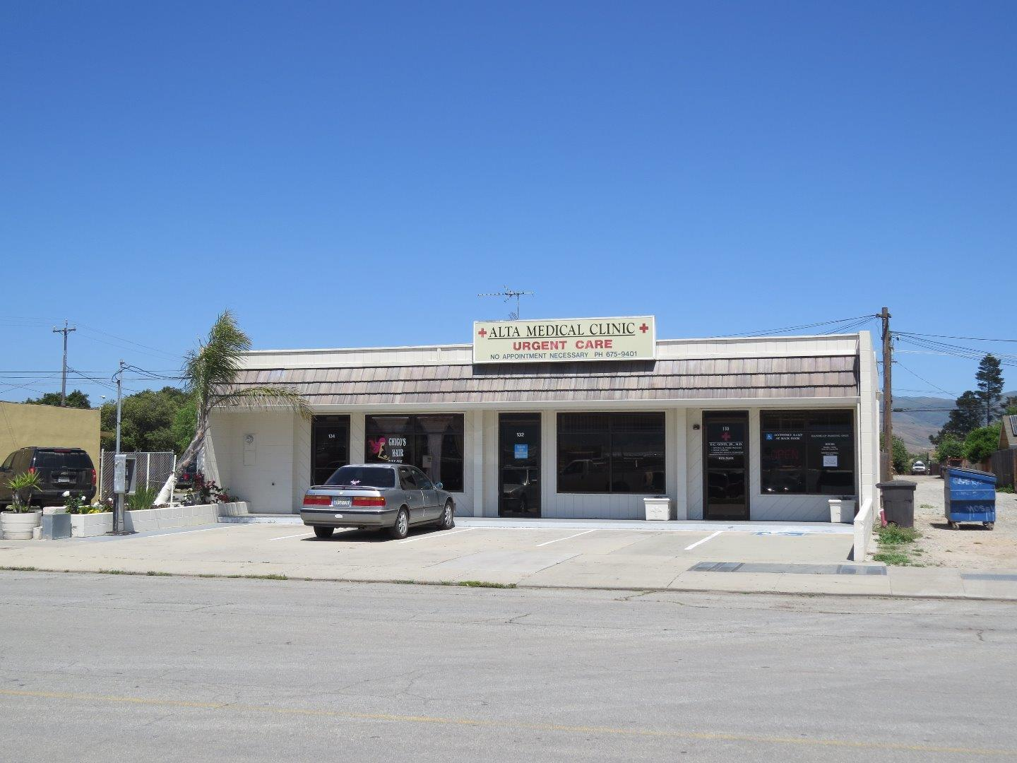 Commercial for Sale at 130 Alta Street Gonzales, California 93926 United States