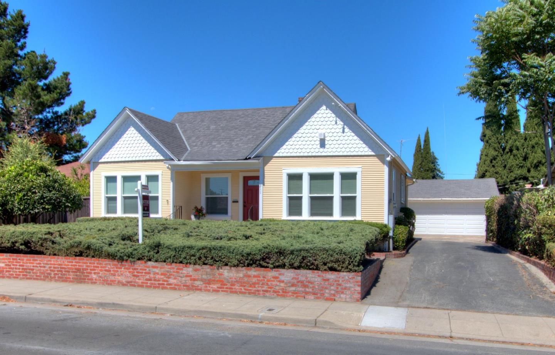 Частный односемейный дом для того Аренда на 311 S Fair Oaks Avenue Sunnyvale, Калифорния 94086 Соединенные Штаты