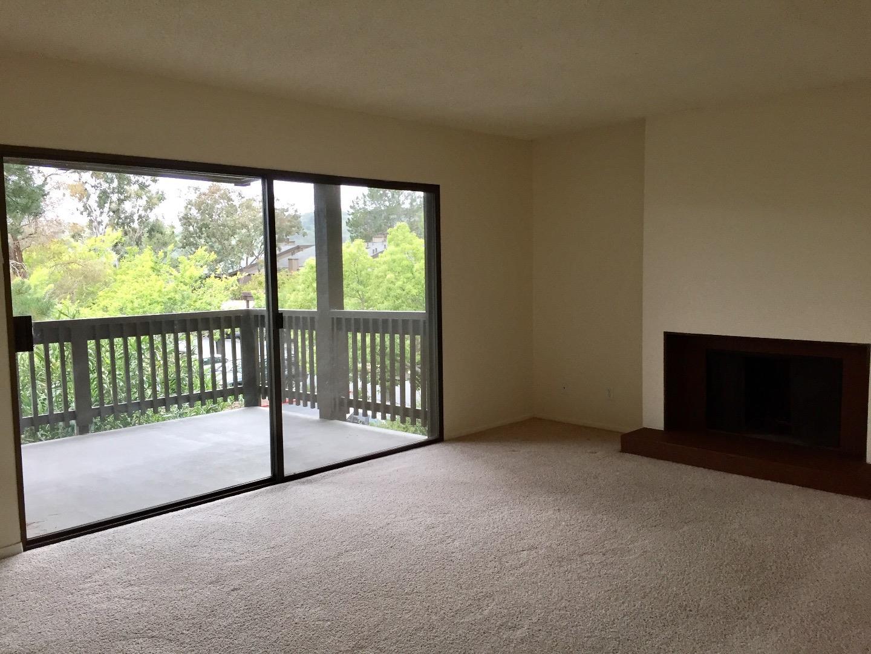Appartement en copropriété pour l à louer à 3332 La Mesa Drive San Carlos, Californie 94070 États-Unis