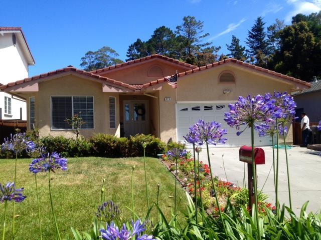 Einfamilienhaus für Verkauf beim 415 The Alameda El Granada, Kalifornien 94019 Vereinigte Staaten