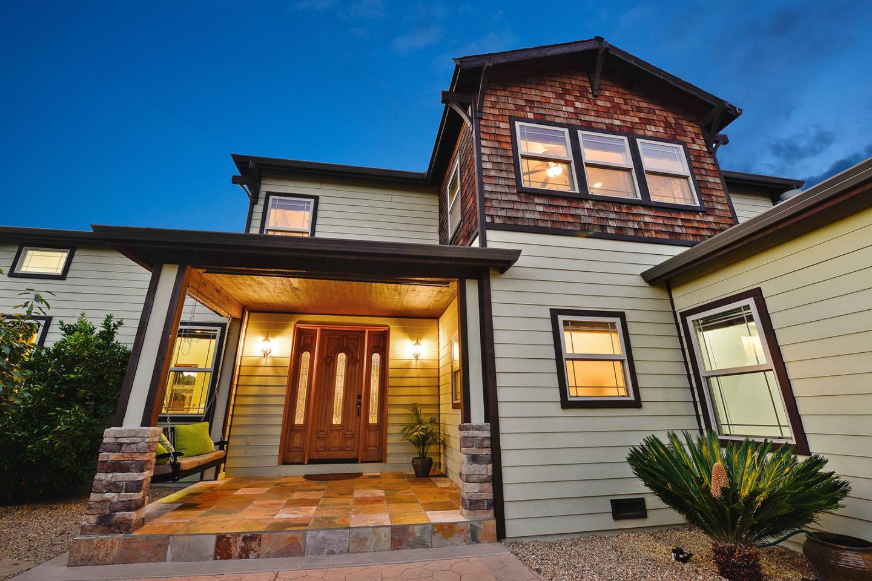واحد منزل الأسرة للـ Sale في 1057 El Solyo Avenue Campbell, California 95008 United States