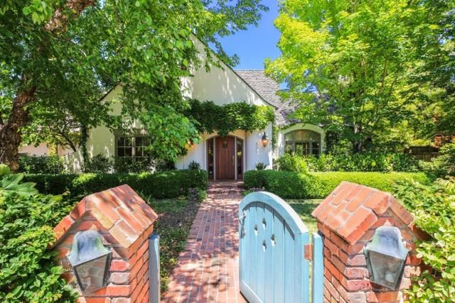 Single Family Home for Sale at 680 Cotton Street Menlo Park, California 94025 United States