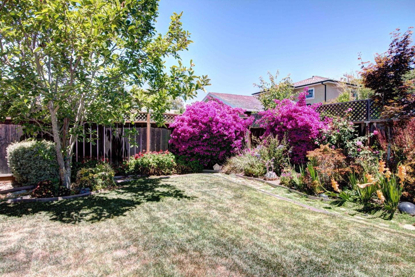 Additional photo for property listing at 1229 Quince Street  San Mateo, Kalifornien 94402 Vereinigte Staaten