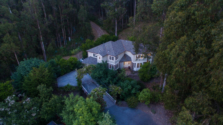 Частный односемейный дом для того Продажа на 475 Magellan Avenue Half Moon Bay, Калифорния 94019 Соединенные Штаты