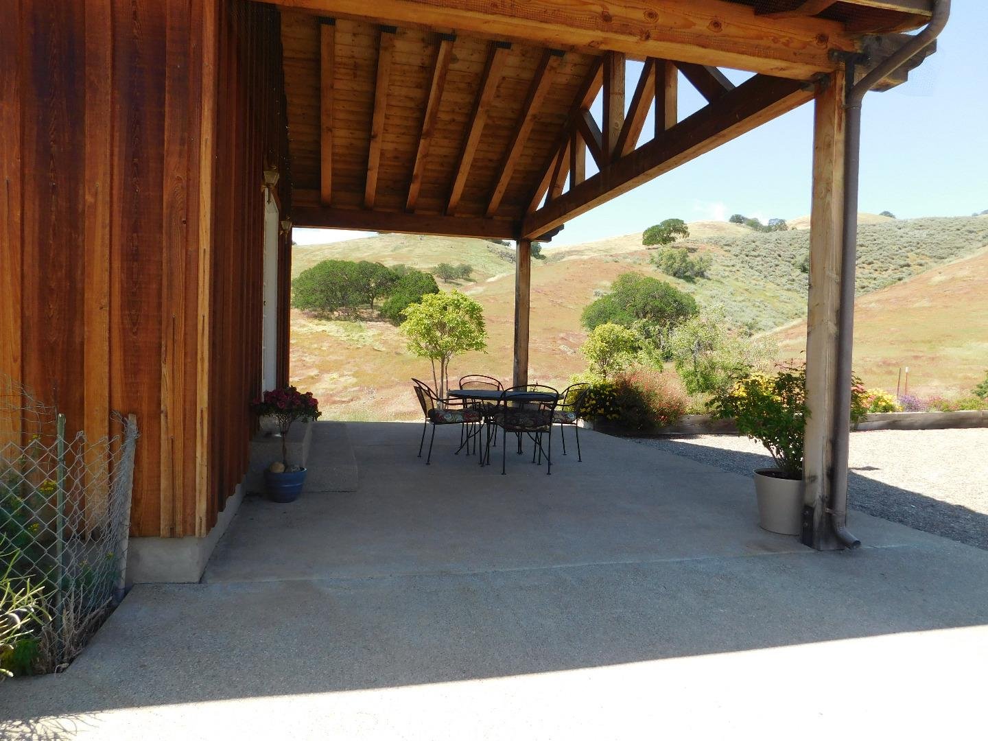 Additional photo for property listing at 20334 Panoche Road  Paicines, California 95043 United States