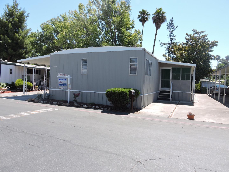 Частный односемейный дом для того Продажа на 3637 Snell Avenue San Jose, Калифорния 95136 Соединенные Штаты